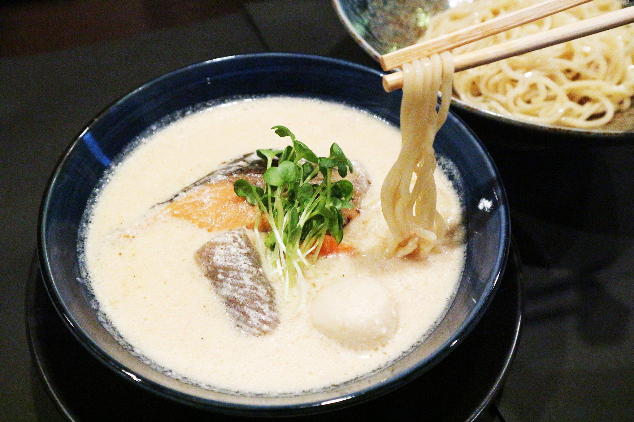 酒粕と味噌のつけ麺